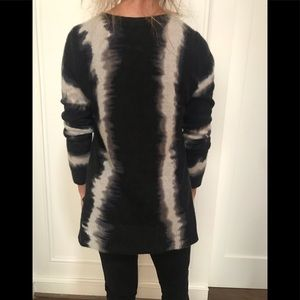 Only mine Sweaters - Only Mine 100% cashmere sweater